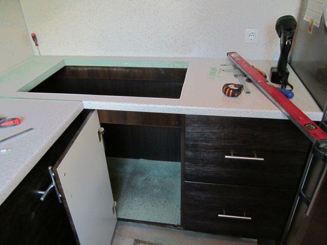 Как своими руками сделать столешницу на кухонный гарнитур 73