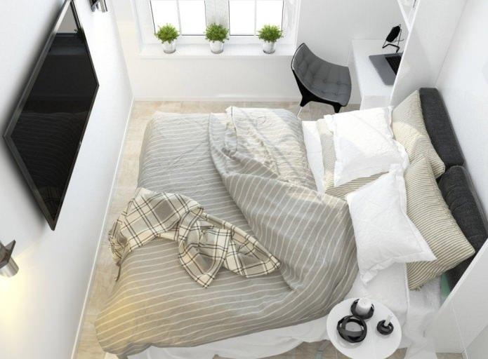 Trotz Der Mehr Als Bescheidenen Größe Des Raumes, Zwischen Dem Bett Und Dem  Fenster Gab Es Einen Platz Für Eine Miniatur Arbeitsbereich: Ein Tisch, ...
