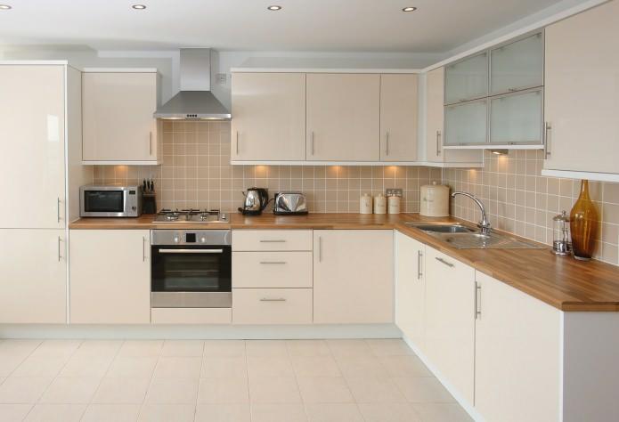 Das Layout der Küche. Moderne Küche: Design und Layout